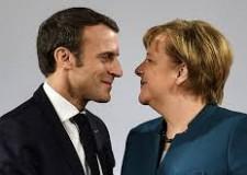 Non solo sport. Soliti tète a tète, madre e figlio. Piangi Europa: ritardata, malconcia e screditata.