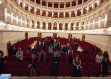 Rimini. Il teatro 'Galli' riapre al pubblico dopo il lockdown. Al lancio il doppio Cd 'E la chiamano Rimini'.