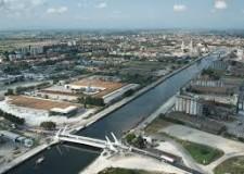 Ravenna. Darsena: ora percorribile la passeggiata lungo il Candiano. 280 metri, tra le vie Zara e D'Alaggio.
