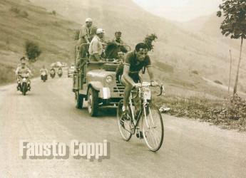 Grande ciclismo. Il Giro. Spostato ad ottobre, ma pur sempre il Giro. Unico e casomai 'primus inter pares'.