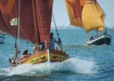 Cesenatico. Per la Festa di Garibaldi in acqua le barche storiche. Con le radici nel mito degli 'occhi' di prua.