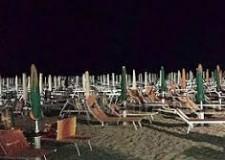 Rimini. Spiagge illuminate di notte. Controlli della Pm sul rispetto dell'Ordinanza balneare.