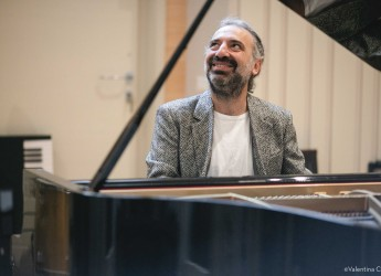 Lugo. Bollani, ultima superstar. Variazioni al piano del Musical di Lloyd Webber e Tim Rice.
