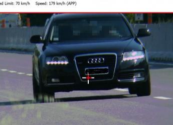 Rimini. 'Immortalato' dal tele laser della Polizia locale,  a quasi 180 orari sulla Superstrada di San Marino.