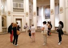 Cesena. Da Dante a Machiavelli, una passeggiata per la città al centro della grande narrazione letteraria.