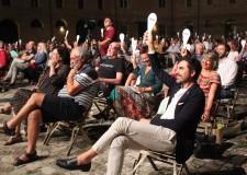 S.Mauro Pascoli. Inedito pareggio nel Processo ai Vitelloni di Fellini: 219 voti per l' accusa e 219 per la difesa.