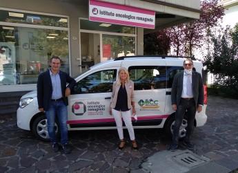 Forlì-Cesena. Consegnata allo Ior l'auto per il servizio accompagno dei pazienti della Val Bidente.