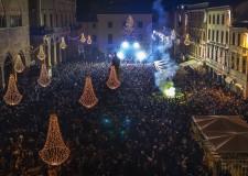 Rimini. Capodanno in streaming con 'La lunga notte del clubbing'. Il primo dell'anno con il coro Galli.