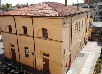 Santarcangelo d/R. L'Archivio della poesia dialettale romagnola nasce nell'edificio dell'ex Biblioteca.