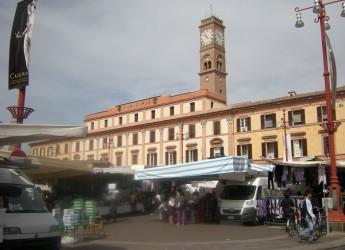 Forlì. Affidati i lavori per  il progetto di restauro dei 20 lampioni di piazza Saffi e piazzale della Vittoria.