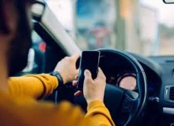 Rimini. Sicurezza e comportamenti di guida. Calano il traffico non le cattive abitudini. Telefonino in primis.
