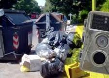 Rimini. Fototrappole per il corretto conferimento dei rifiuti. Nuove tecnologie contro i soliti 'furbetti'.
