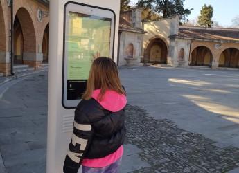 Predappio. Totem informativo in piazza Garibaldi. Pronti per quel turismo che non ama posti affollati.