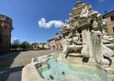 Cesena. Danni alla fontana Masini. Il sindaco Lattuca: ' Un atto gravissimo che ferisce tutta la Città'.