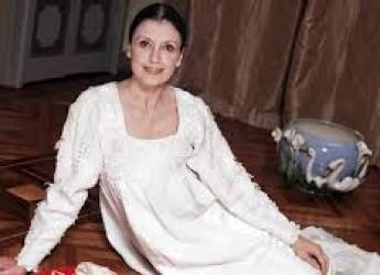 Cesena. E' morta Carla Fracci, l'eterna fanciulla danzante. Ospite per tre volte al teatro 'Bonci'.