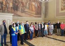 Forlì. Consegnate le pergamene alle associazioni di volontariato impegnate nell'emergenza Covid.