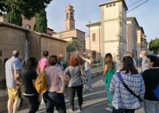 Cesena. Una città 'libro aperto', nelle parole dei letterati che ( come Dante) l'hanno conosciuta e amata.