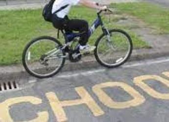 Rimini. 'Tutti a scuola in bici!', per la Giornata mondiale della bicicletta. I giovani e la mobilità sostenibile.