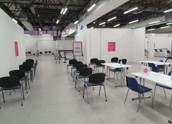 Ausl Romagna. L'hub di Forlì raddoppia gli spazi e cambia l'accesso: 2000 vaccini al giorno.