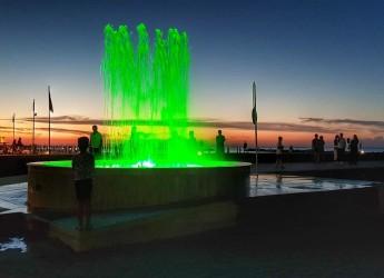 Bellaria Igea Marina. Spettacoli serali e trattenimento musicale, alla fontana sul porto canale – molo.