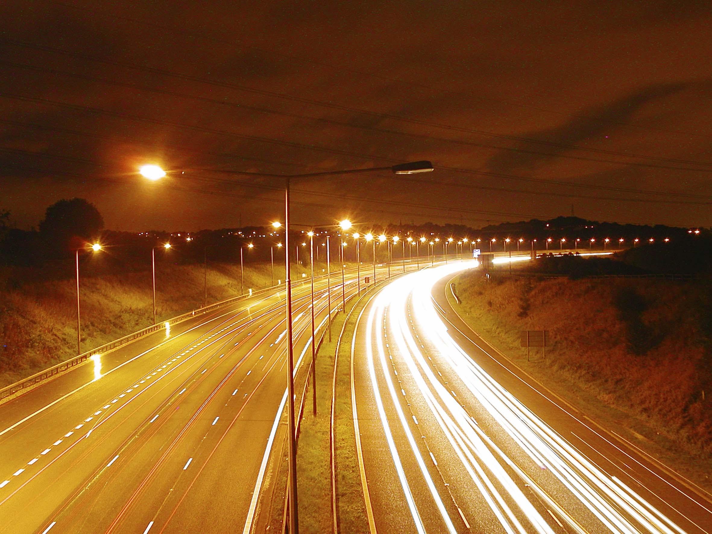 Contributo di 250mila euro per esperimenti di pubblica illuminazione esterna.