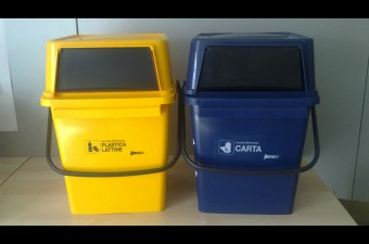 Hera pi facile separare i rifiuti nuovi contenitori - Contenitori rifiuti differenziati per casa ...